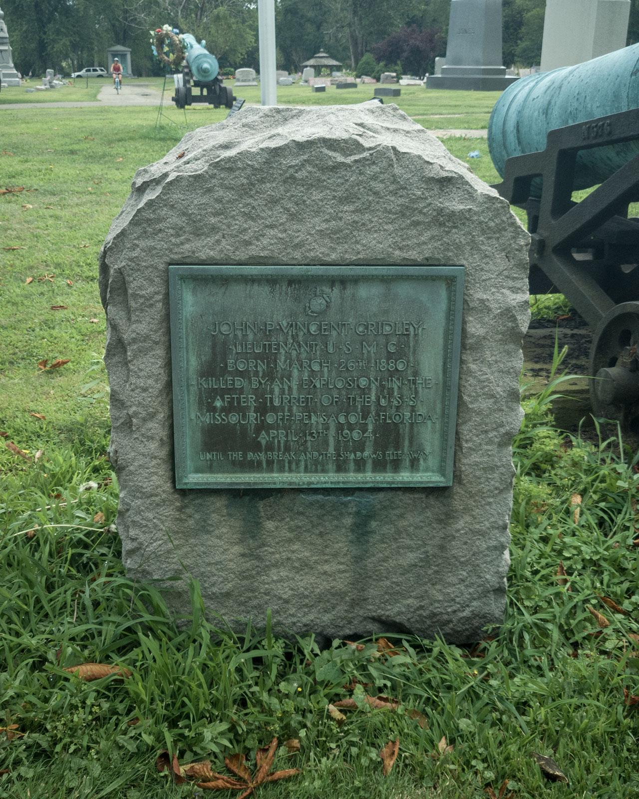 gravestone of John Vincent Gridley